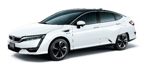 燃料電池自動車 Honda 「CLARITY FUEL CELL」