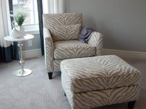 chair-902360_1280