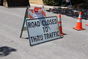 road-closed-2698182_1280