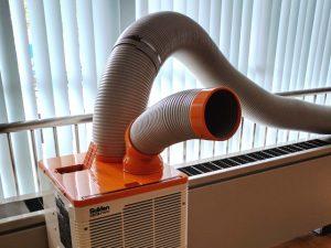 納入事例_サーバールームの空調機器故障による冷却処置