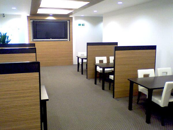 不動産販売センターの接客用家具・備品一式