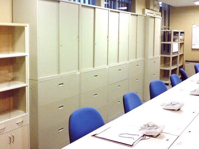 新築マンション販売センターの事務所【オフィス家具のレンタル事例】