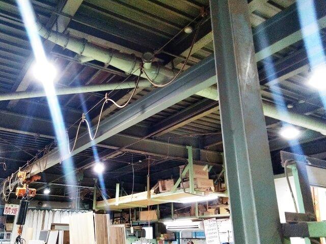 製造作業現場の経費削減対策【LED照明のレンタル事例】