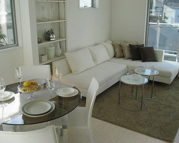 シーン_モデルルームのホームステージング用家具・家電一式
