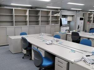 建設現場事務所の家具・家電設置【仮設事務所備品のレンタル事例】