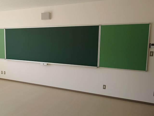 校舎建て替え期間中の仮設校舎準備【学校用備品のレンタル事例】
