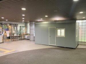 新型コロナウィルスの院内クラスター発生防止対策【組立ハウスのレンタル事例】