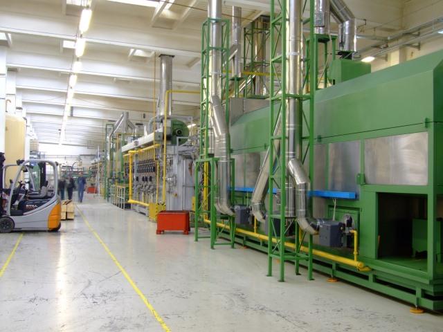 広い工場内の加湿対策【業務用加湿器特大のレンタル事例】
