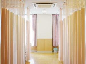 冬の介護施設の乾燥対策【業務用加湿器特大のレンタル事例】